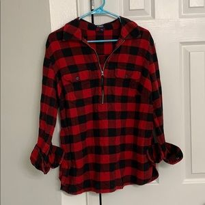 Chaps buffalo plaid red and black pull over